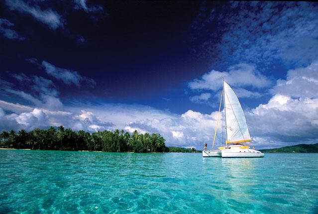 Catamaran, Tahiti Yacht Charter