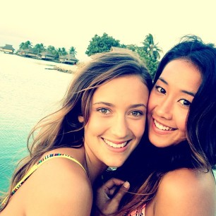 @keliamoniz: A fun second day shooting with @roxy and this angelic beauty @justinejm in #Tahiti