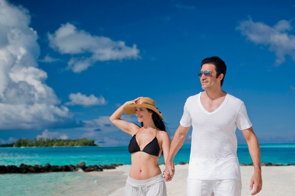 Gilles and Carole Marini in Bora Bora, Photo: Helene Havard
