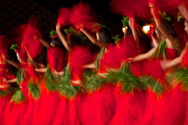 Heiva Dancers 2012
