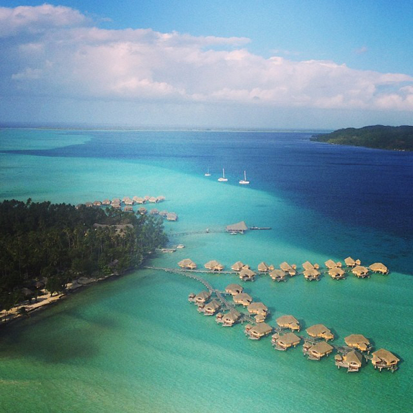 @giulianarancic: Au Revoir..... #tilnexttime #viewfromthecopter #looksfakebutitsnot #tahiti
